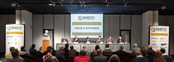 Tavola-rotonda-convention-2013_600