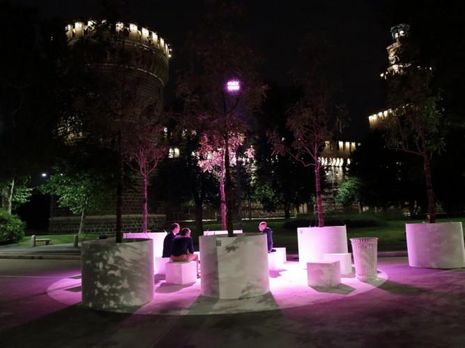 illumina piazza castello con la nuova app philips myled. Black Bedroom Furniture Sets. Home Design Ideas