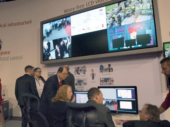 ISE 2016: Barco spazia dal conferencing alle control room