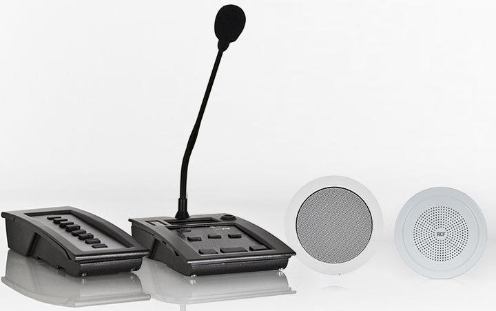 La console BM 9804, pulsantiere BE 9808, i diffusori PL 68 EN e DU 60 EN