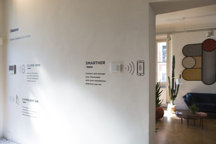 Il Videocitofono Classe 300X Di BTicino, Semplice Da Usare Ed Innovativo,  Sfrutta La Connettività Wi Fi Integrata E Lu0027App Dedicata Per La  Comunicazione Tra ...
