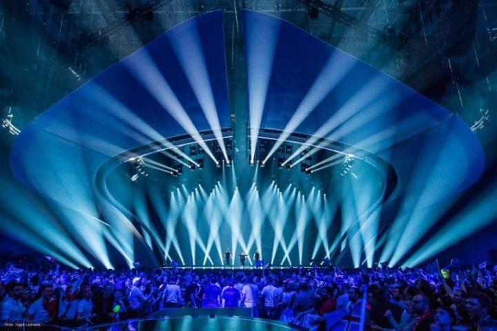 Claypaky illumina il palco dell esc con lampade osram lok it
