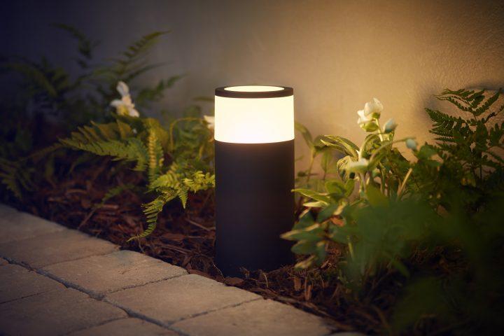 Illuminazione Esterna Philips : Tecnologia e design la nuova linea di illuminazione connessa