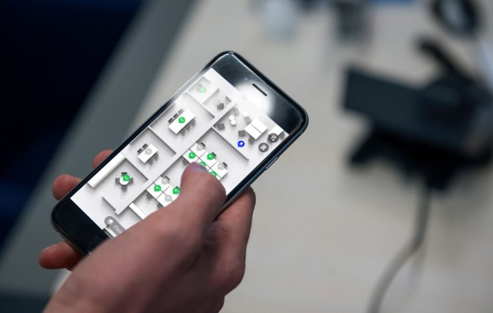 Sicurezza E Benessere In Ufficio Le Nuove Funzionalita Di Signify Interact Office Integrationmag It